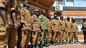 Burkina Faso: l'armée exhorte les putschistes à