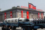Nucléaire: Menace américaine, la Corée du Nord sur la défensive et promet la guerre totale