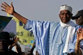 Entretien : Me Wade attendu à Dakar avant les législatives, l'ancien président sénégalais a annoncé son prochain retour depuis Paris  (  VIDEO )
