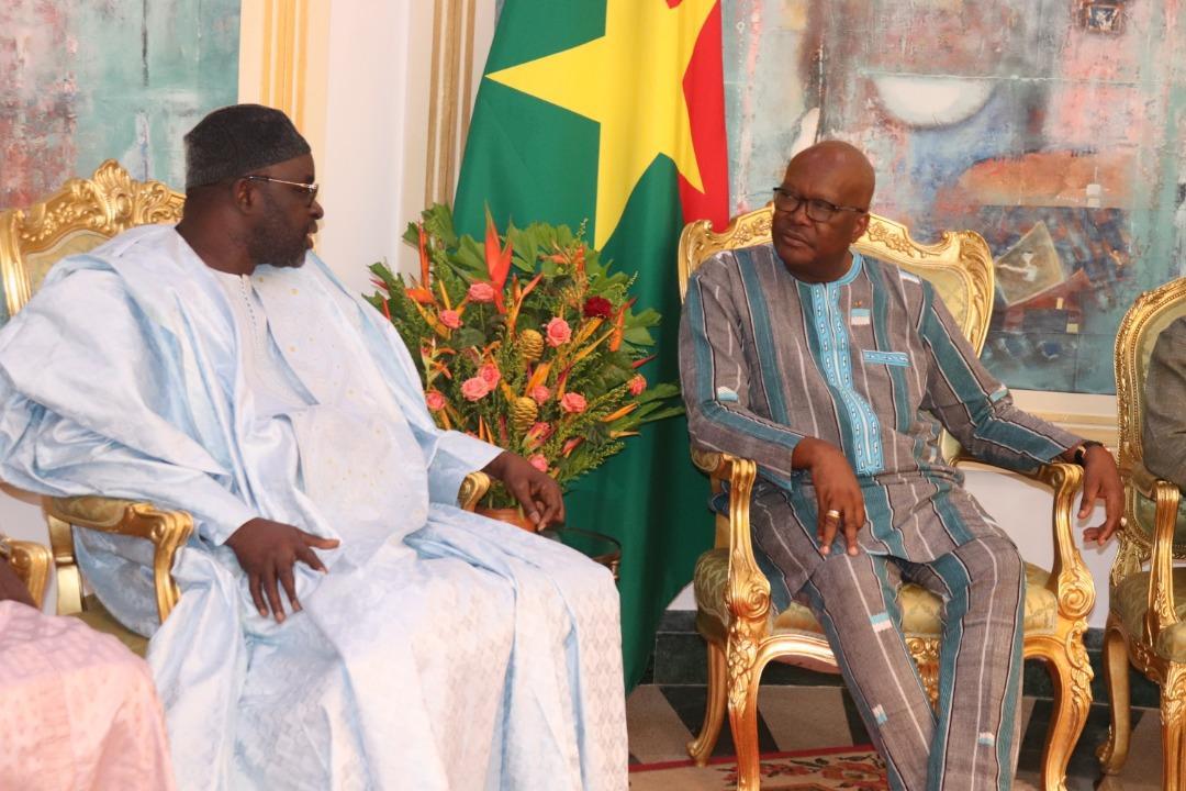 Parlement de la CEDEAO au Burkina : Le président Moustapha Cissé Lo et sa délégation reçus par le président du Faso Roch Marc Christian Kaboré