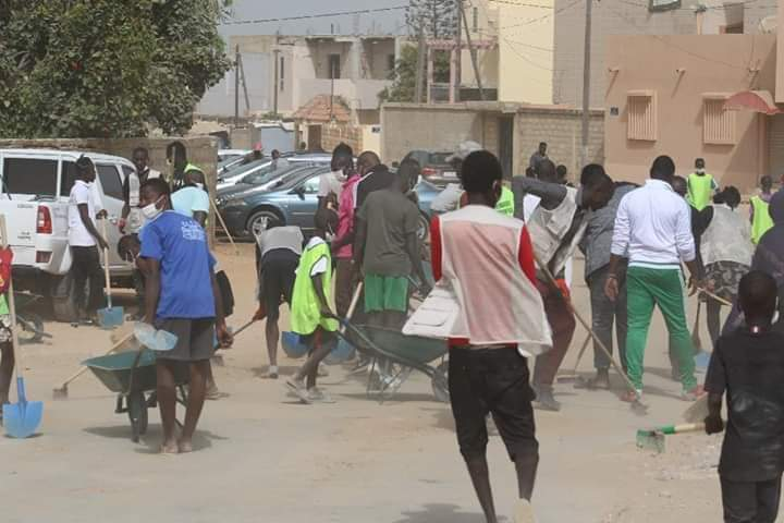 «Cleaning Day» à Guédiawaye : Les Mareyeurs et Pêcheurs républicains ont prêté main forte à Aliou Sall…