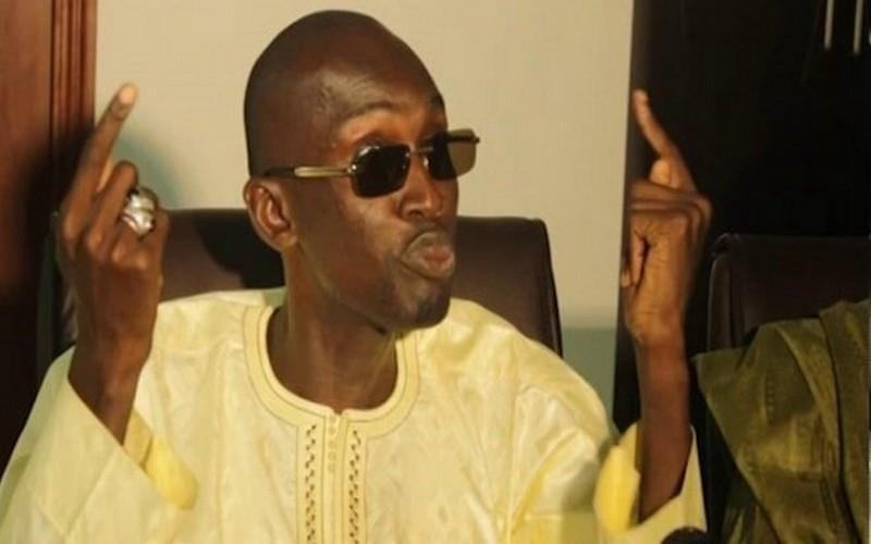 Livre de Pape Alé Niang : De jeunes Mbacké-Mbacké vont prendre la défense du Ministre Cheikh Oumar Anne…