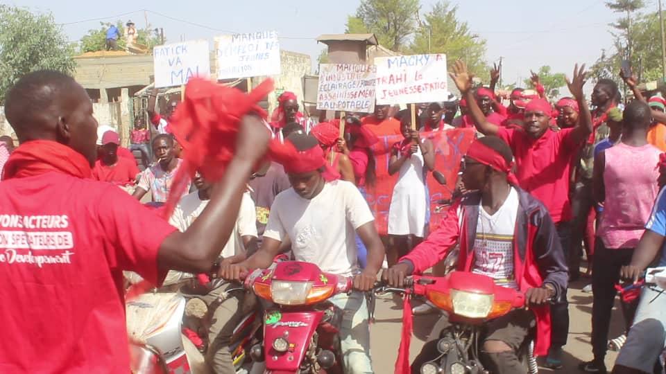 Fatick : Les jeunes ont battu le macadam pour alerter le régime de Macky…