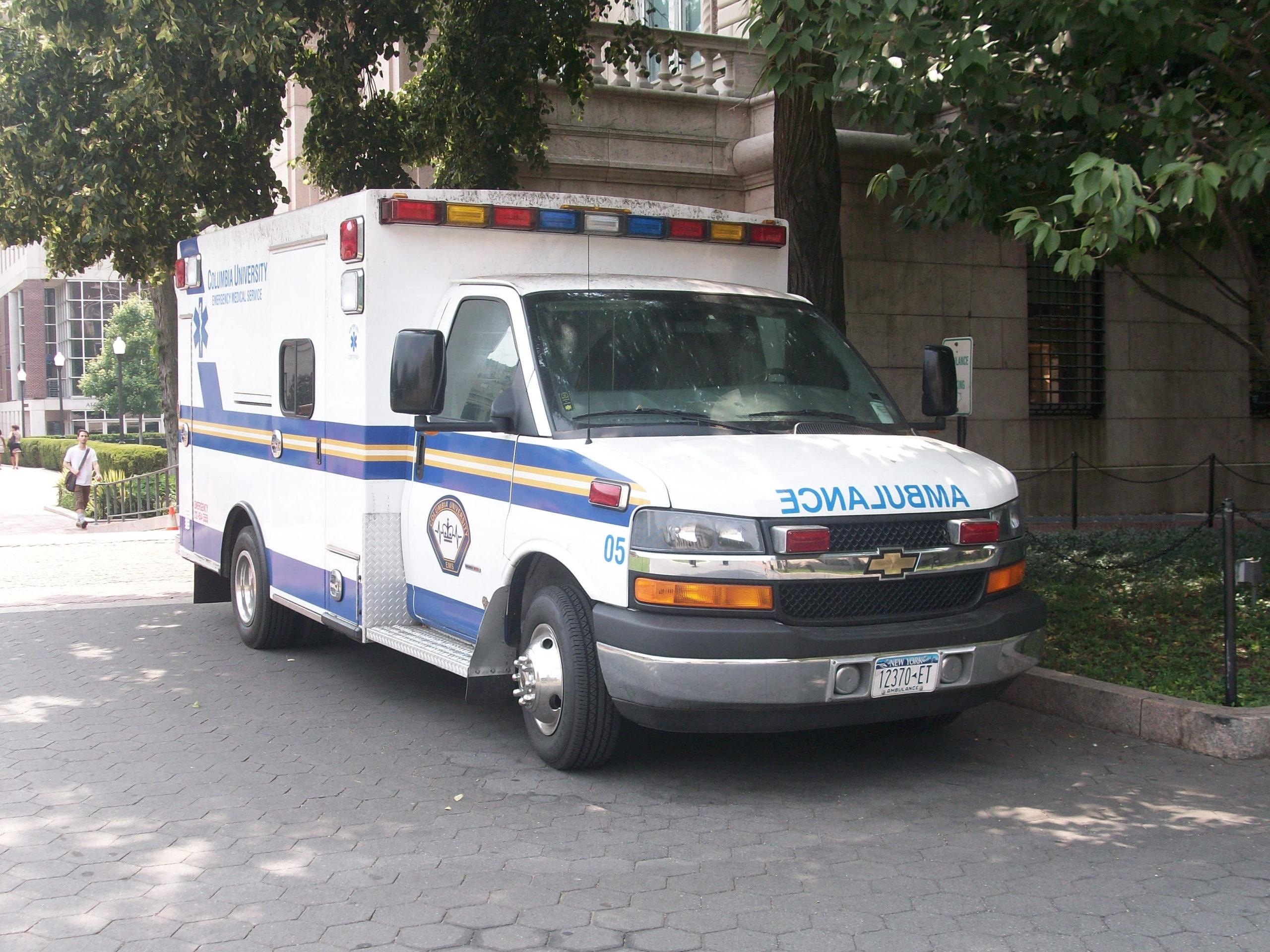 Santé-Le leader de «AME/2019», offre une ambulance aux populations de Dialocoto…